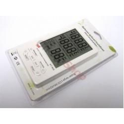 Часовник с голям дисплей с вътрешна и външна температура КТ-905